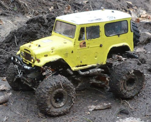 Tamiya CR-01 - Toyota Land Cruiser FJ40